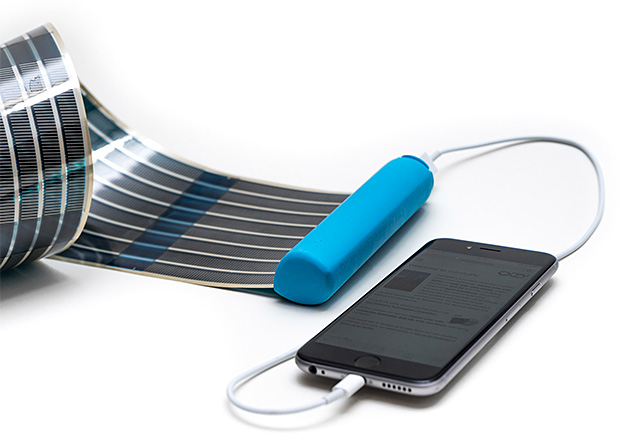 HeLi-on Compact Solar Charger at werd.com