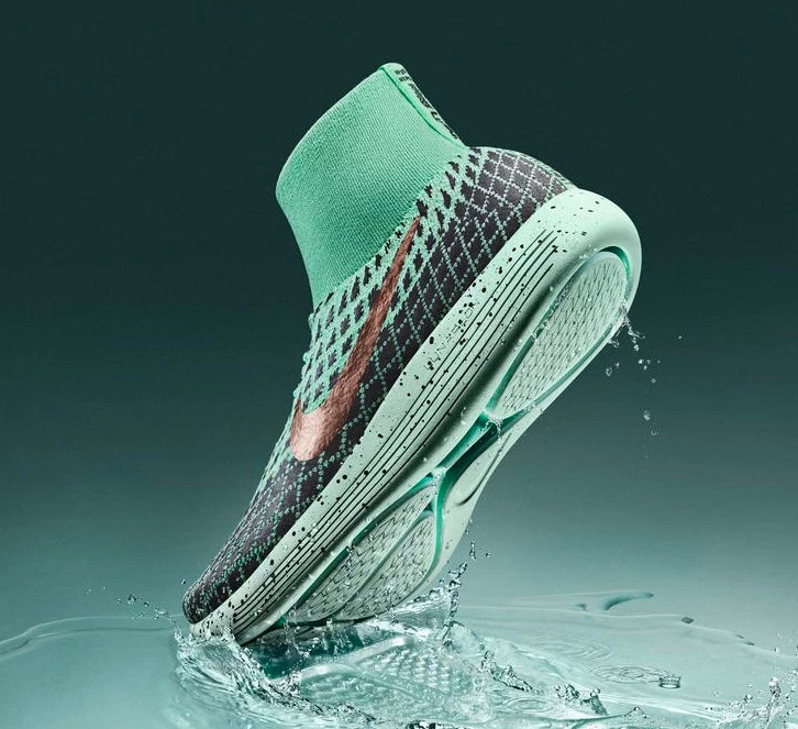 Nike LunarEpic Flyknit Shield at werd.com