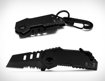 The World's Smallest Tactical Knife: The B-2 Nano Blade