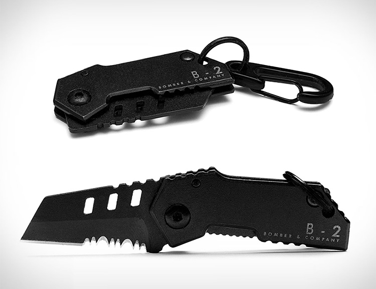 The World's Smallest Tactical Knife: The B-2 Nano Blade at werd.com