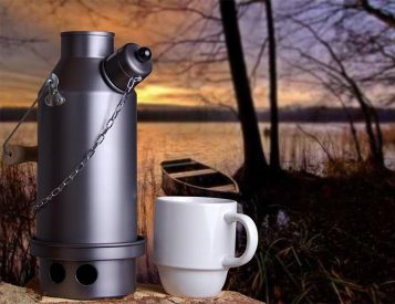 The Ghillie Camping Kettle Heats From the Inside Out