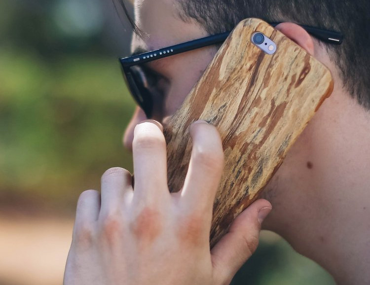 Kerf Cases Give Your Phone the Good Wood at werd.com