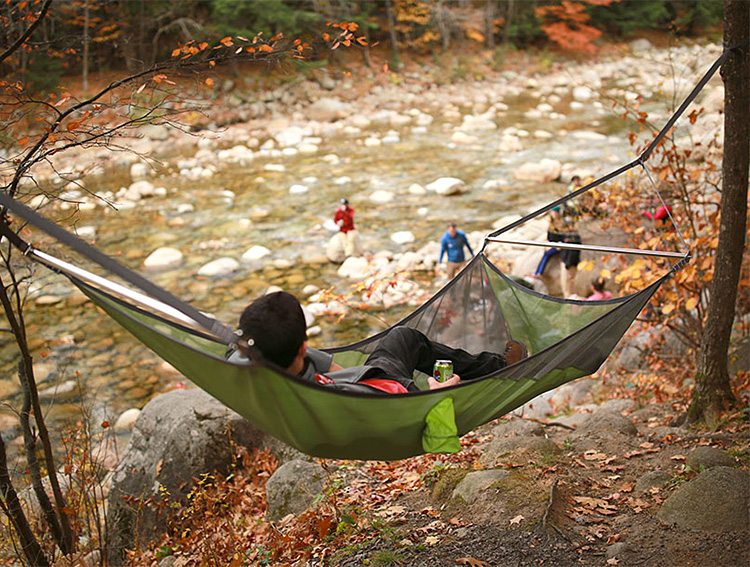 A More Social Hammock: The Nemo Cloudview at werd.com