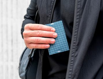 The Minimalist Ion Wallet From Pioneer Carry Is Super Slim & Stylish