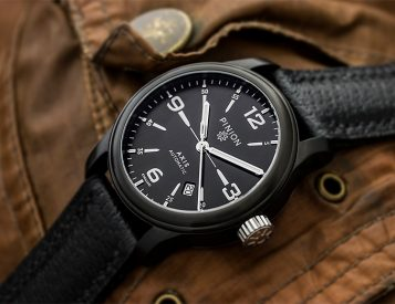 Pinion Introduces a Classic Automatic in the Axis II Black