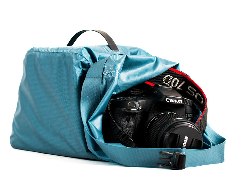 BE Outfitter's Cabrillo Dry Bag Keeps Your Camera Gear Safe & Dry at werd.com