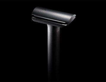 HONE's 15t Titanium Razor Delivers A Shave Like No Other