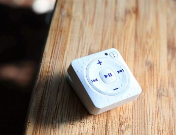 Mighty Let's You Shuffle Your Spotify Music Without a Phone
