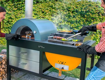 The Toto Outdoor Oven Looks as Good as it Cooks