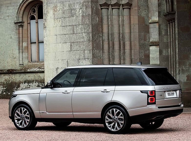 With the 2019 P400E, Range Rover Continues Its Push to Electrify All Its Models at werd.com