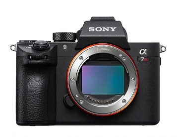 Sony's a7R III Camera Delivers Pro-Level Power in a Compact Package