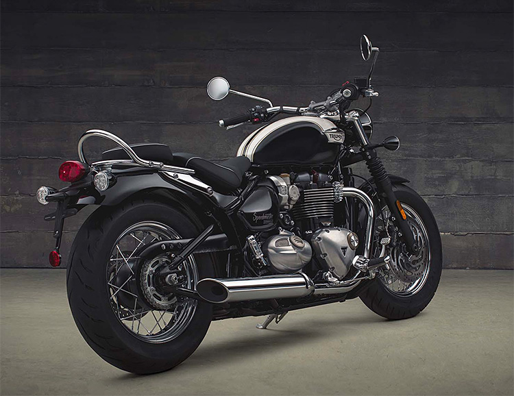 Triumph Rolls Out a New Cruiser: The 2018 Speedmaster at werd.com