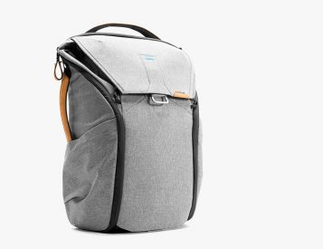 Peak Designs' Everyday Pack is a Versatile Cargo Carrier