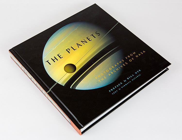 See Our Solar System Like Never Before in <i>The Planets: Photographs from the Archives of NASA</i> at werd.com