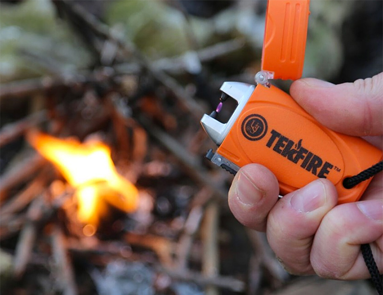Get Things Burning with This Fuel-Free TekFire Lighter at werd.com