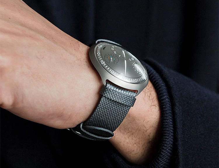 Ressence Introduces the World's First Self-Setting Mechanical Watch at werd.com