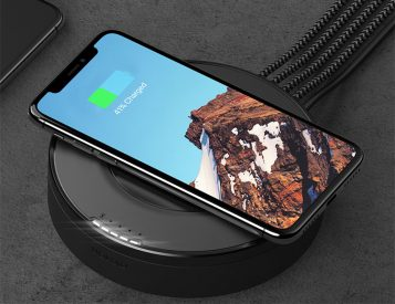 Nomad's Hub Delivers Wireless Charging Plus 4 More Via USB