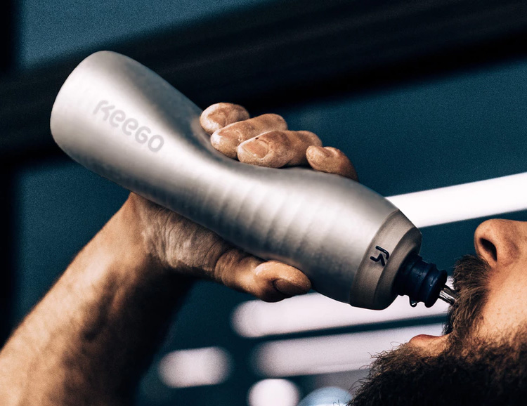 Keego Introduces The World's First Squeezable Metal Bottle at werd.com