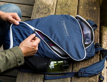 The Tronnovate Swift Daypack Opens Up Like No Other