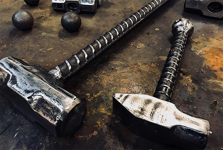 Wicked Workout: Swinging a Sledgehammer at werd.com