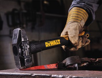 DeWalt Introduces ExoCore Axes & Sledgehammers with Carbon Fiber Handles