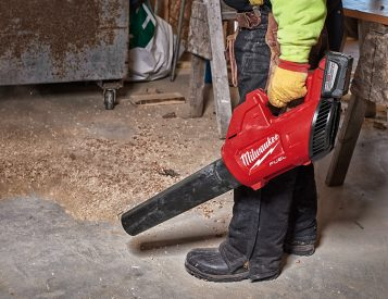 Milwaukee Tools' M18 Gen 2 Fuel Blower Blasts The Competition