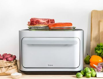 This Countertop Oven Cooks with Infrared & Ambient Light