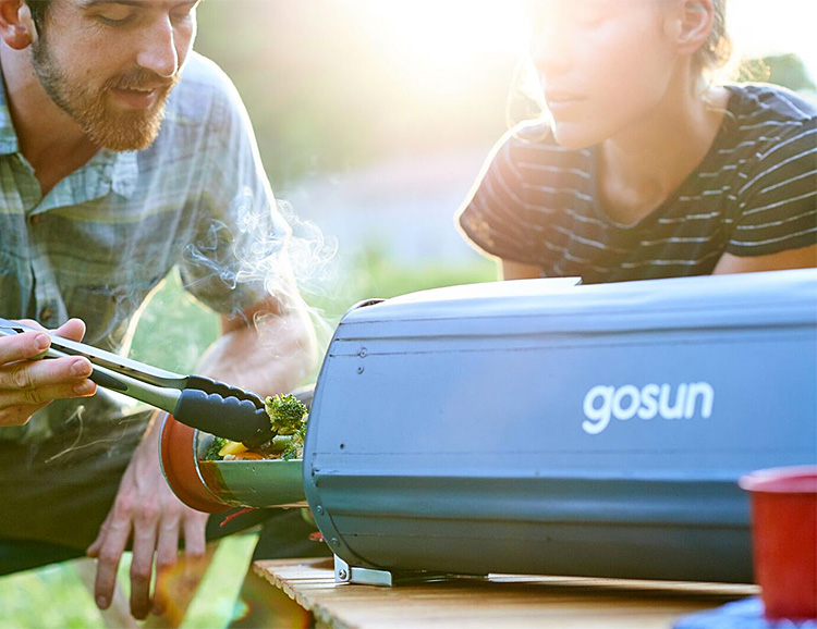GoSun Fusion is a Hybrid Solar/Electric Oven at werd.com