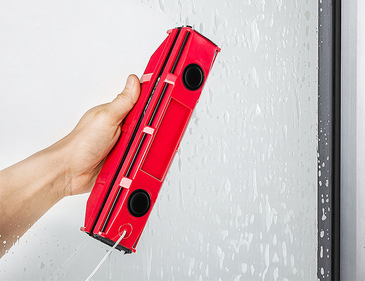 The Glider S-1 Magnetic Window Cleaner: You're Welcome