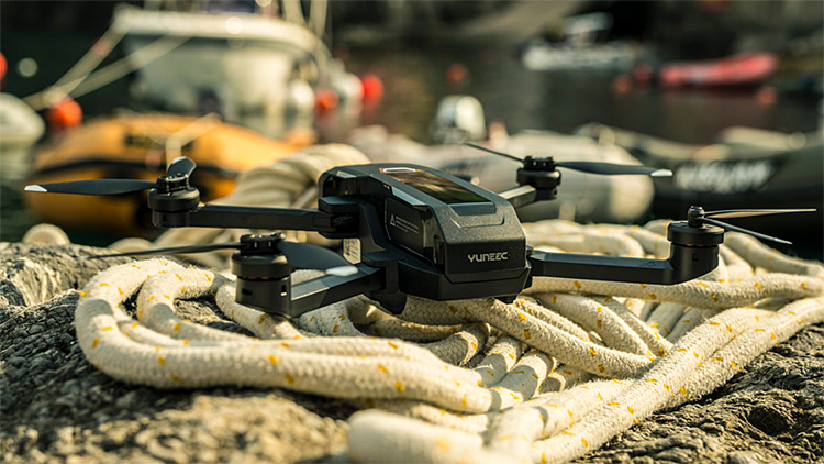 Yuneec Introduces Voice-Controlled Mantis Q Drone at werd.com